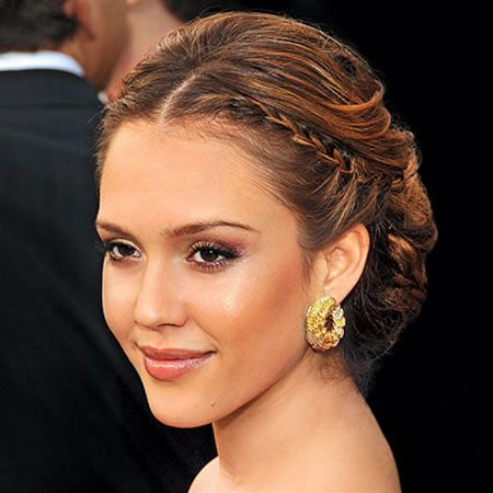 Hairstyles To Go With A Strapless Dress This Style Will Go With