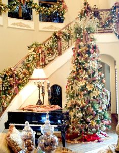room decor indoor hanging christmas decorations excellent way to welcome the holiday with also rh pinterest - Christmas House Decoration Ideas