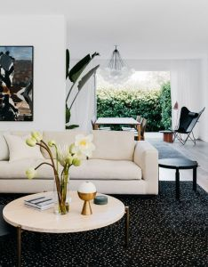 Home tour inside  contemporary and charming double bay abode also top design trends in australian homes  interiors by arent rh uk pinterest