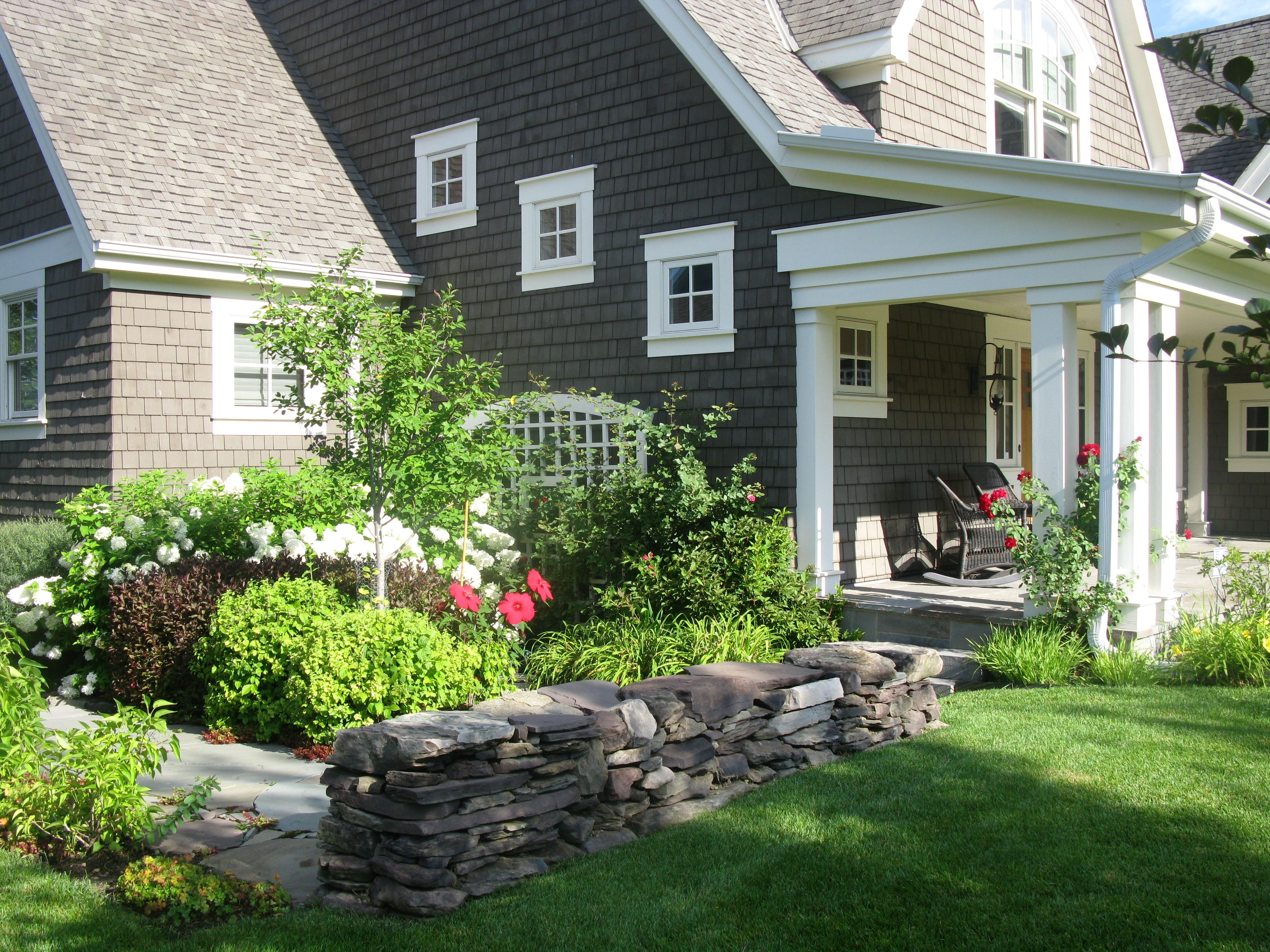 Landscaping Ideas For Front Of House With Porch To Creating