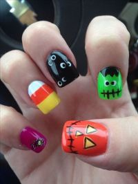 40+ Cute and Spooky Halloween Nail Art Designs | Halloween ...