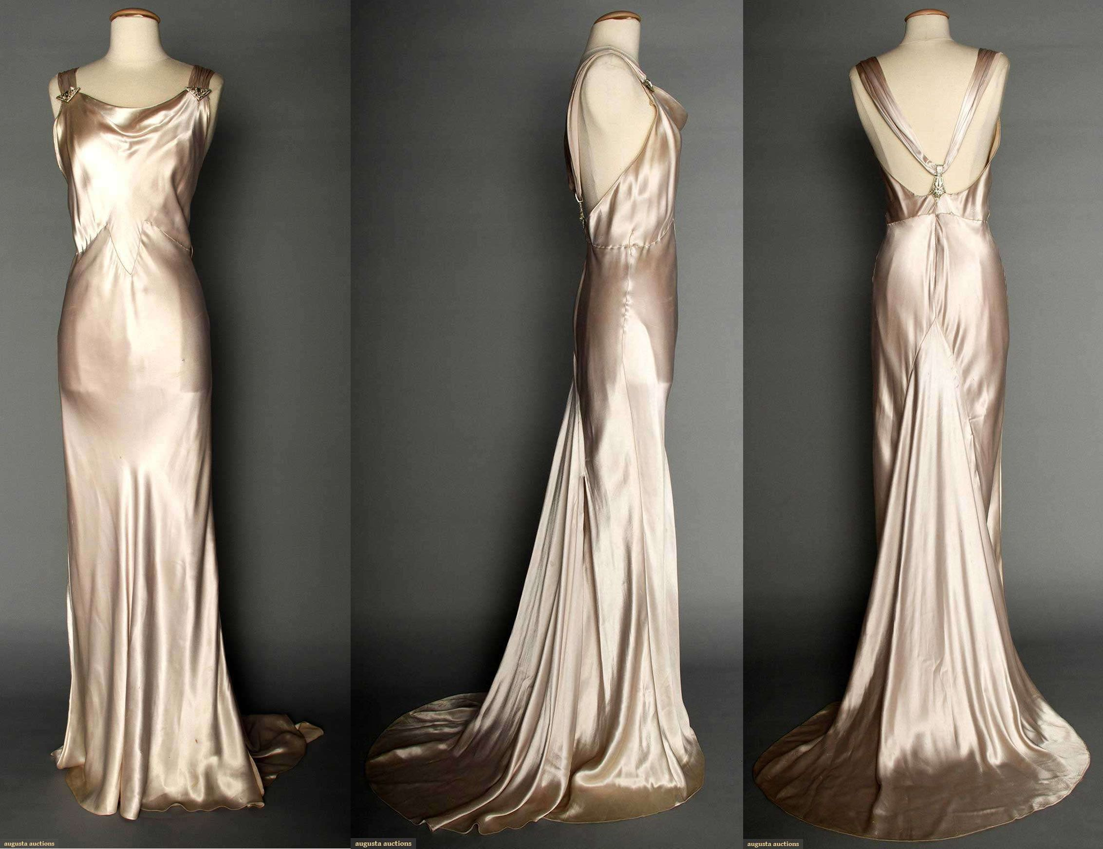 SILVER SATIN EVENING GOWN, 1930s Silver-pale Lavender Silk