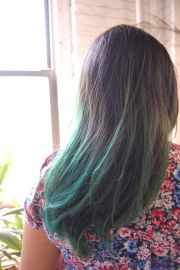 staffer's faded green dip-dye