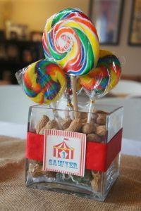 circus party centerpiece - Google Search | Gala ...