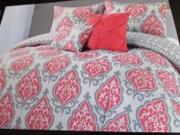 CYNTHIA ROWLEY Coral, Gray and White Medallion 4pc Twin XL ...