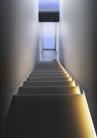 led lights stairs apartment - Google Search | Appartment ...
