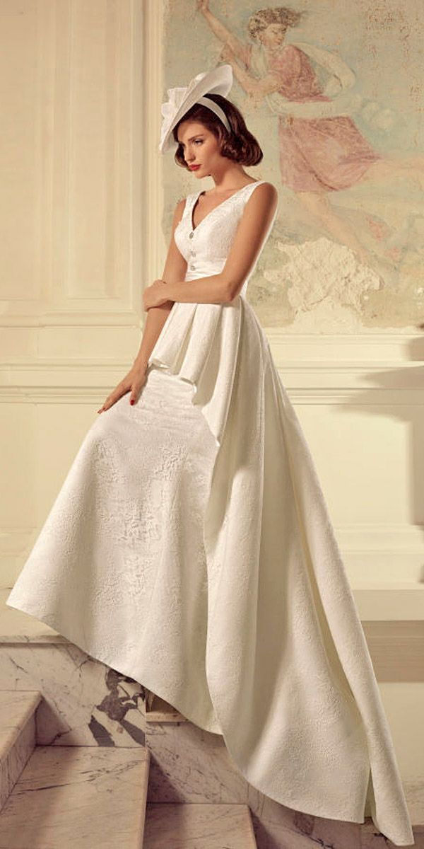 1960s Bridal Gowns With A Retro Feel  Bridal gowns 1960s