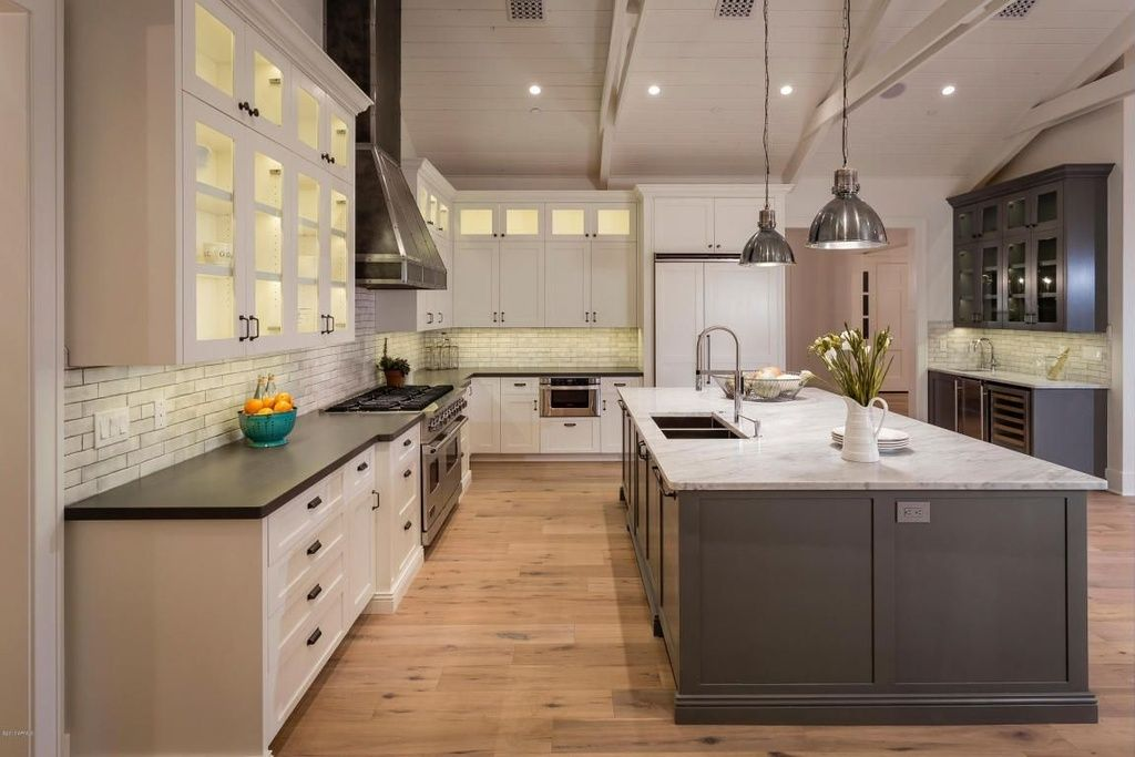 30 Huge Custom Luxury Kitchen Designs that Cost More than