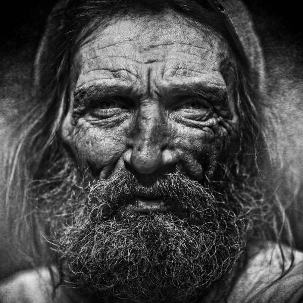 The Black and White Portraits of Homeless Lee Jeffries