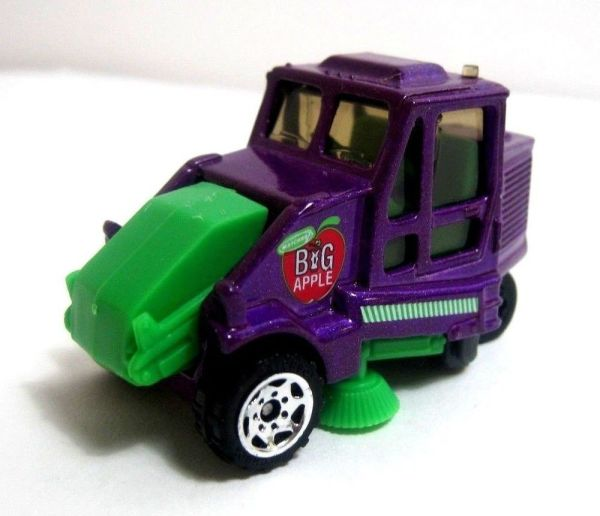 Matchbox Superfast Street Cleaner Sweeper Purple 1 64 Die Cast