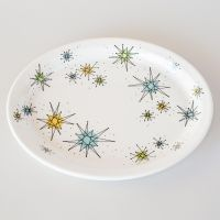 The Atomic Starburst Oval Dinner Plate adds 50s style to ...