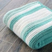 Gorgeous double crochet afghan and pattern. Perfect for a ...