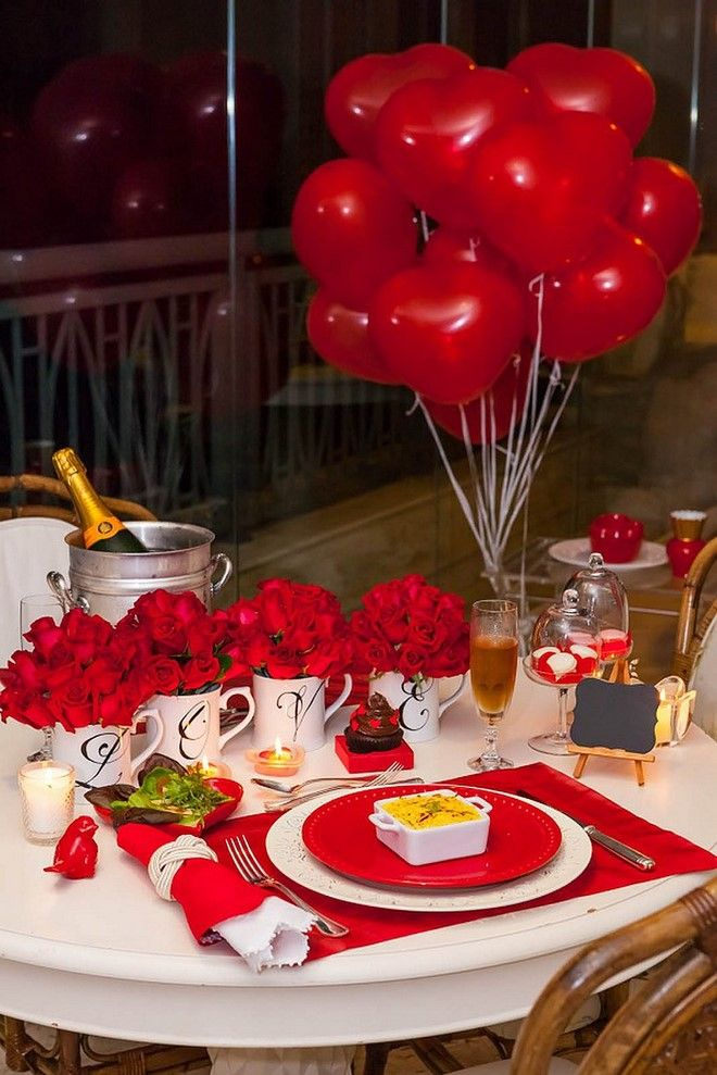 Valentines Day Dinner Table Setting With Roses And