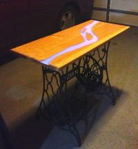 Glow Table | Resin, Dark and Woods