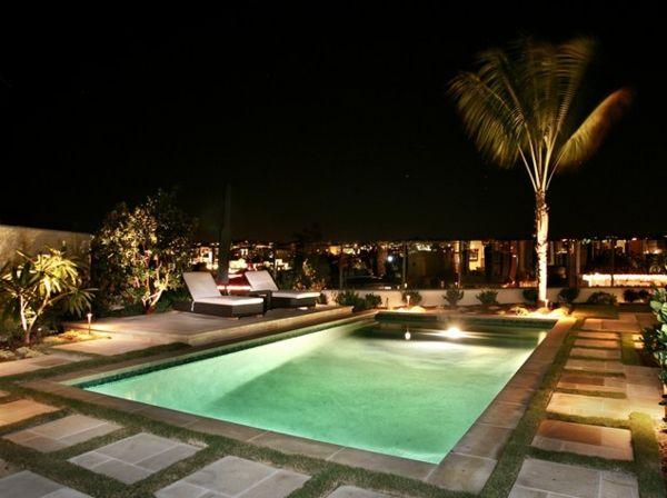 Bilder Von Pool Im Garten Rechteckig Tropisch Pool Urban Landschaft