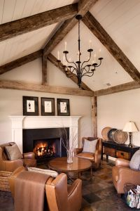 35 Living Room With Exposed Wood Beams To Try This Year ...