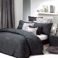 Black & Silver Quilt cover set | Bedding chick | Pinterest ...