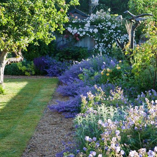 Beautiful Border In The Garden Pinterest Gardens Garden