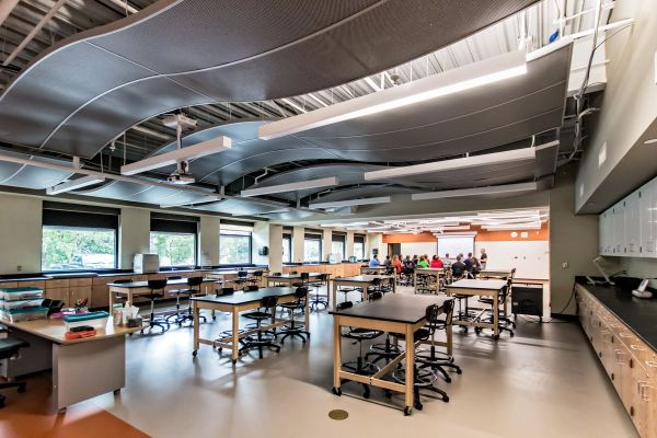 Science Addition Brings Classroom & Lab