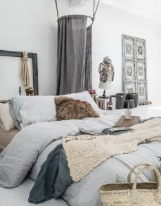 Bohemian style bedroom could be the most appropriate alternative to realize your dream space here pictures of stunning interior also chambre organic declinaison de couleurs grises apaisant home rh pinterest
