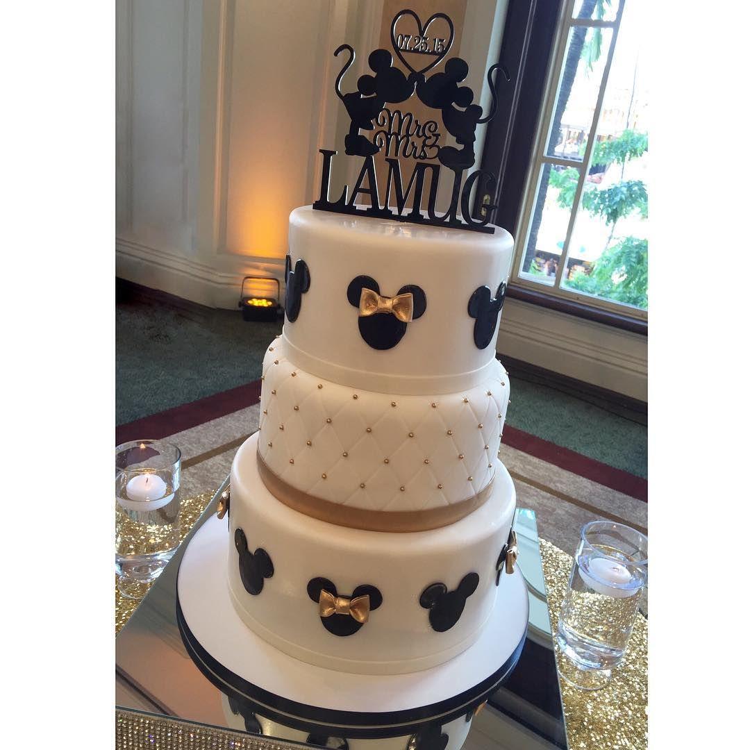 Mickey Amp Minnie Mouse Wedding Cake