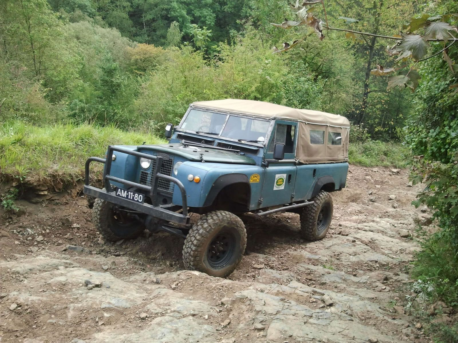 Post a pic of your Rover Page 25 Pirate4x4 4x4 and f
