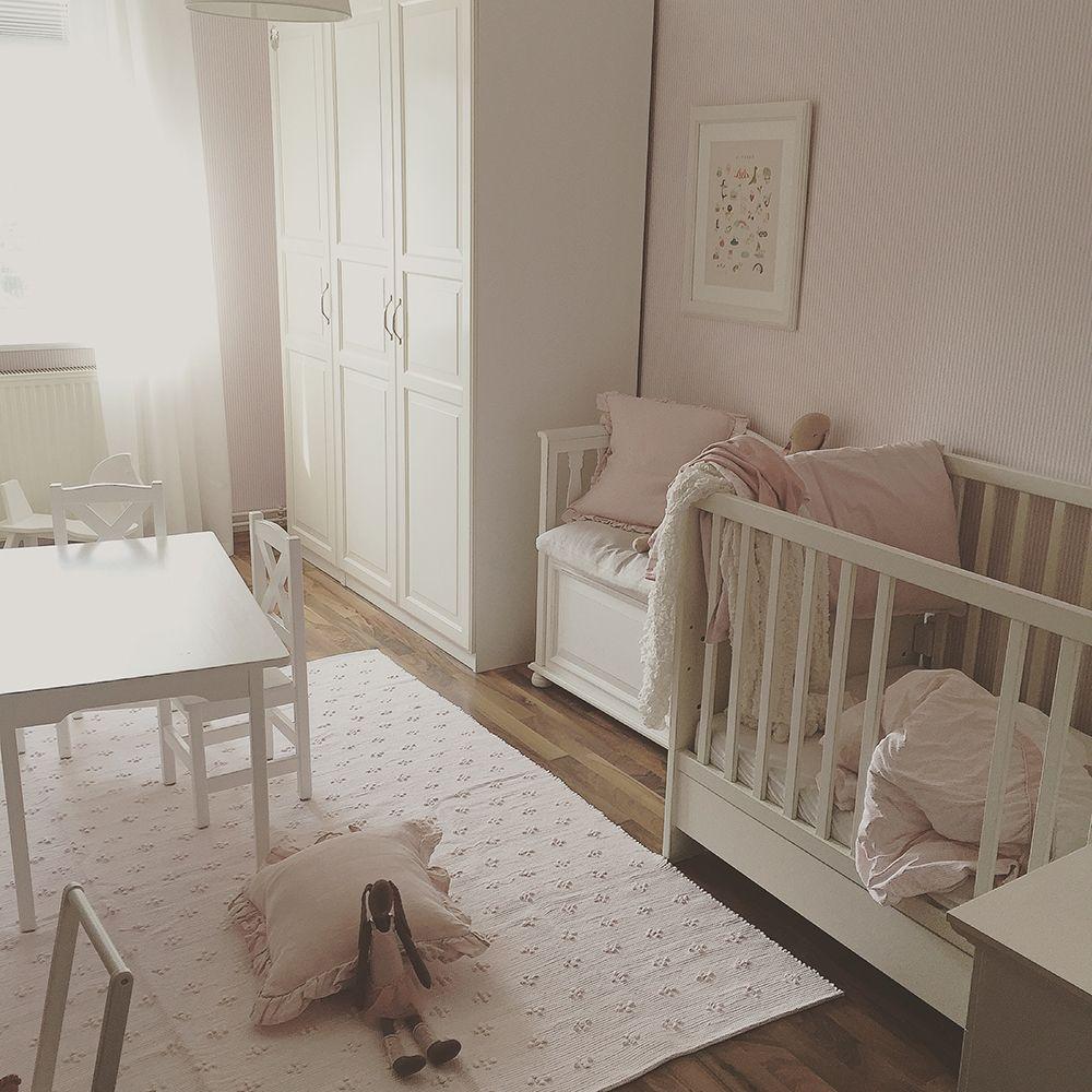 Meisjeskamer Van Eva! Vloerkleed Liz Baby Roze