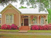 Pink Victorian Cottage House Pinteres