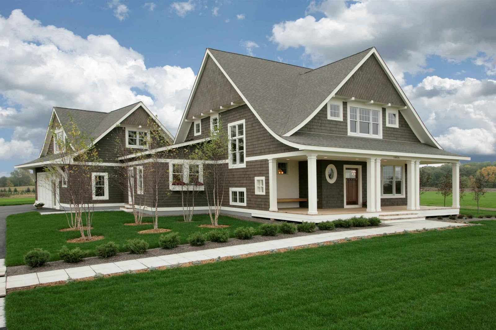 Light Gray Is The Traditional Color Of Cape Cod–style Houses