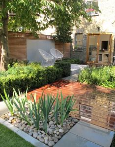 beautiful garden design ideas for small space also spaces rh za pinterest