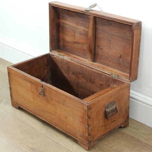 Jay Vintage Blanket Box