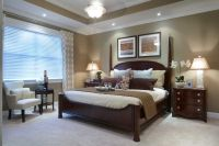 Great master bedroom: Wall color (with white molding), 4 ...