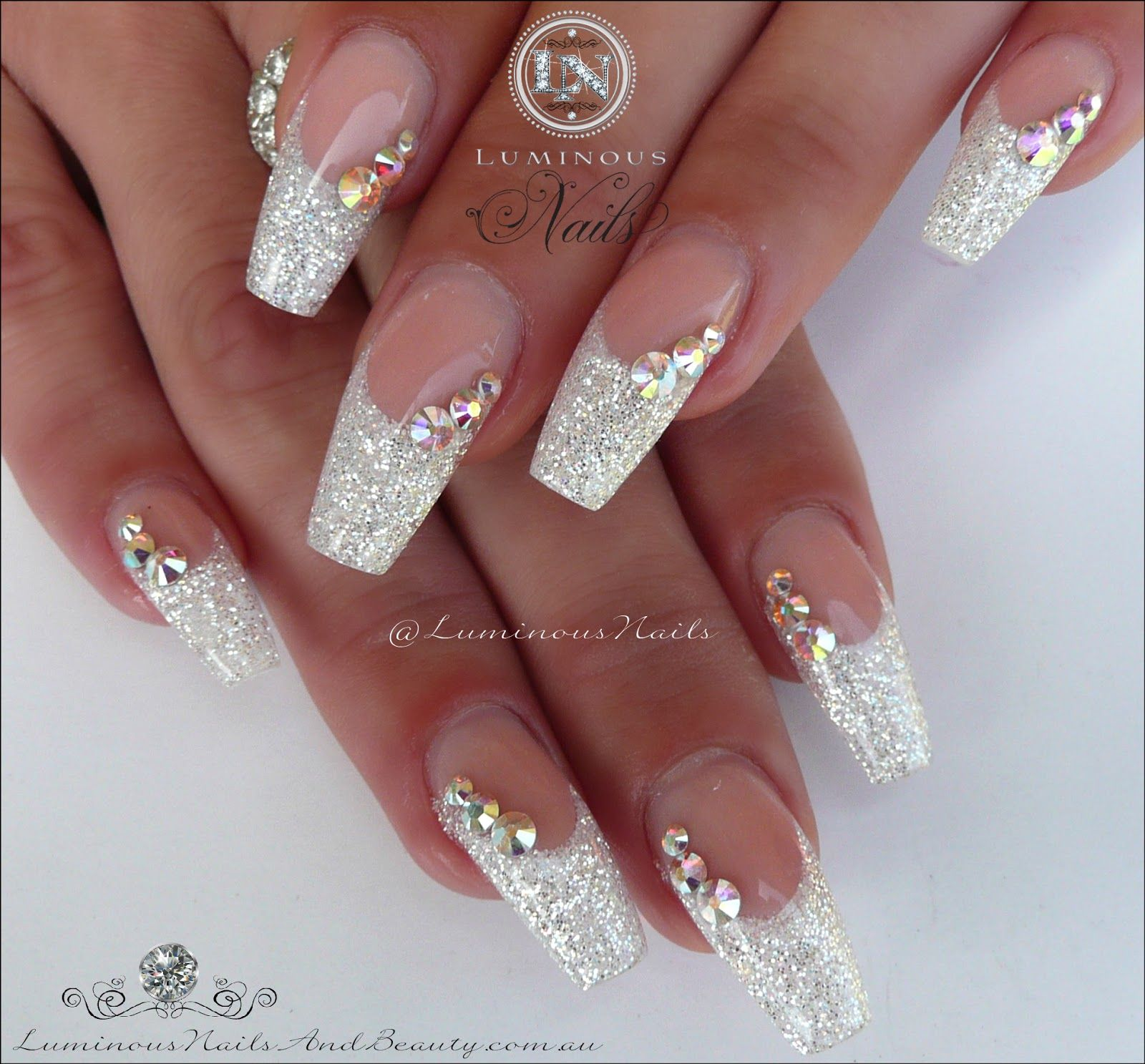 Luminous+Nails+%26+Beauty%2C+Gold+Coast+QLD.+White