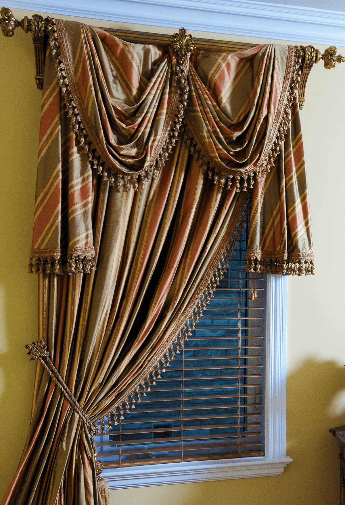 Single D Ry Panel Tied Back With Long Scarf Over Wooden