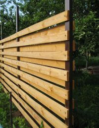 How to build a horizontal fence with your own hands ...