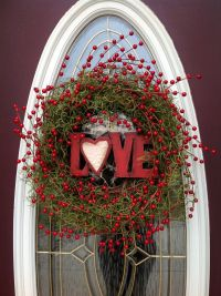 "Valentine's Day Grapevine Door Wreath Decor..""Love Berries"
