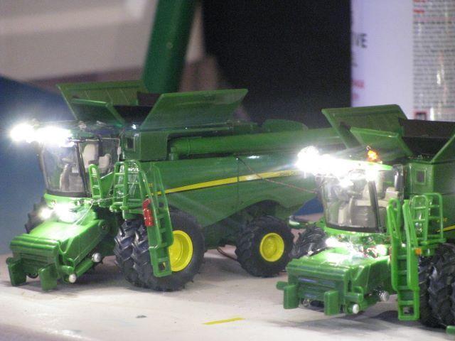 1 64 Scale Pulling Trucks