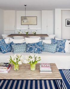 White and blue coastal living room design decor photos also rh no pinterest
