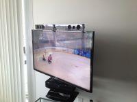 Samsung Sound Bar mounted to the TV using Sound Bar ...