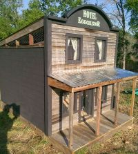 Adorable chicken coops! | Barnyard, Backyard, Pasture ...