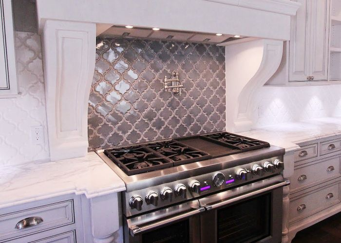 Jvw home  do love white subway tile but this gray behind the also
