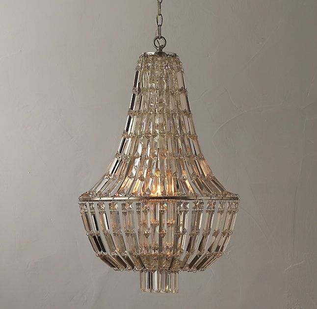 Rh S Elia Crystal Chandelier Strands Of Square And Rectangular Crystals Give The Elegant Empire