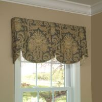 Sheffield Valance allows you to feature two pattern motifs ...