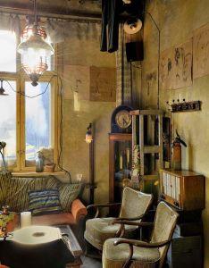 Heteruf designs cafe jozef  con decoracion eclectica  also dirty rh pinterest