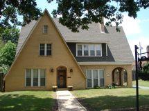 English Tudor Cottage Style Homes 1920s