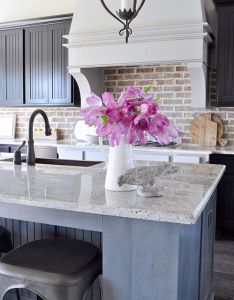 Explore in the room color pop and more swooning over this kitchen home design also kitchens pinterest rh