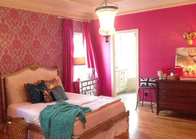 Hot Pink Damask Walls Sparkly Pillows Black And White British Flag