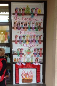 Classroom Elf on the shelf door decor.