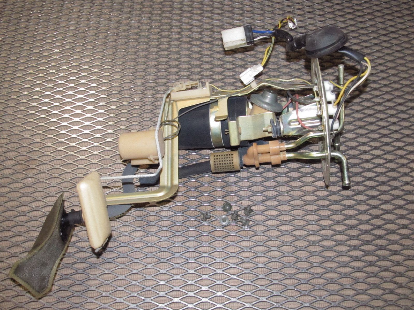 300zx fuel sending unit diagram auto amplifier wiring 90 96 nissan oem pump and twin