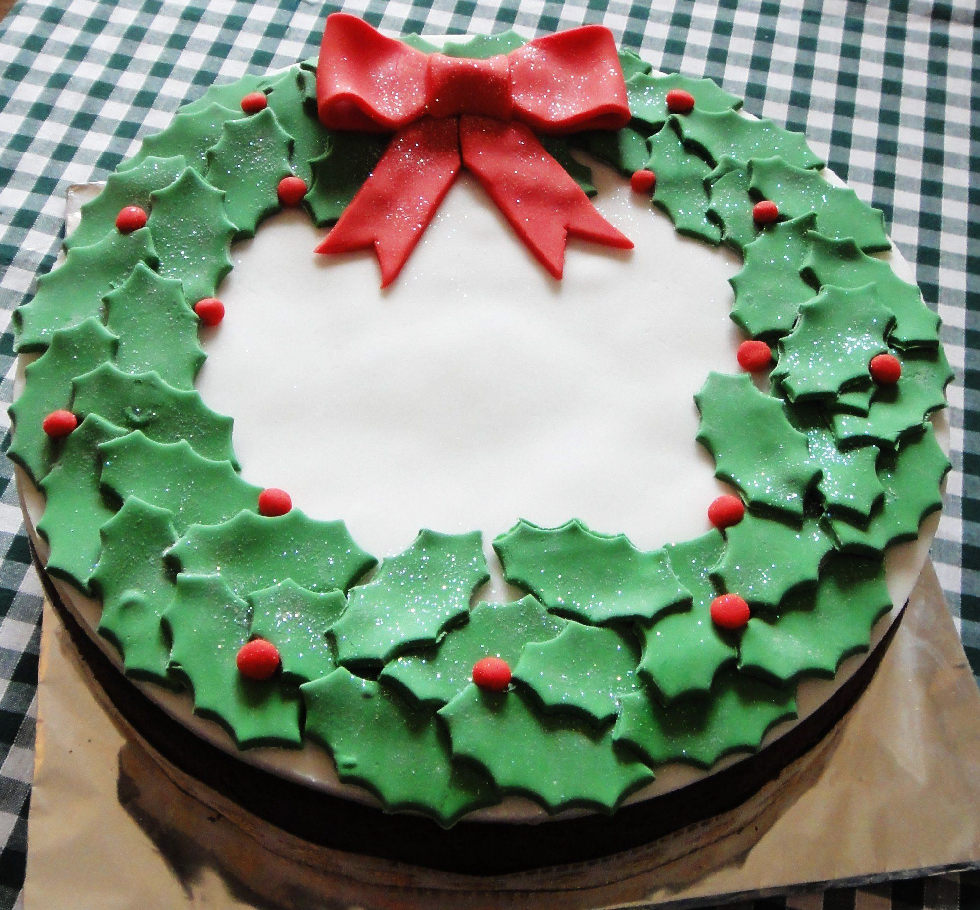 28 Delightful Cake Ideas You Must Try This Christmas